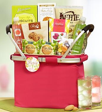 Sun 'N Sand Picnic Cooler Tote Gift Basket